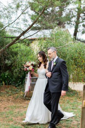 Romantic Swallowfield Vineyards Wedding028