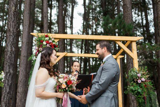 Romantic Swallowfield Vineyards Wedding031