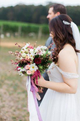 Romantic Swallowfield Vineyards Wedding038