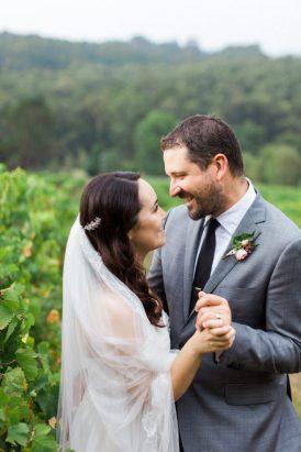 Romantic Swallowfield Vineyards Wedding043