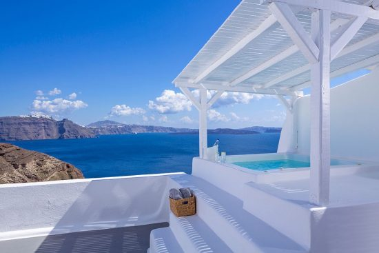 canaves-oia-hotel-and-suites