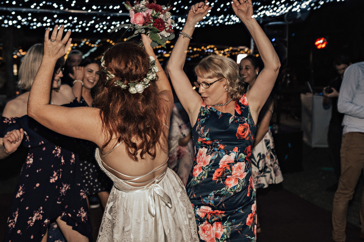 103424 sweet townsville country wedding by vicki miller photography 1