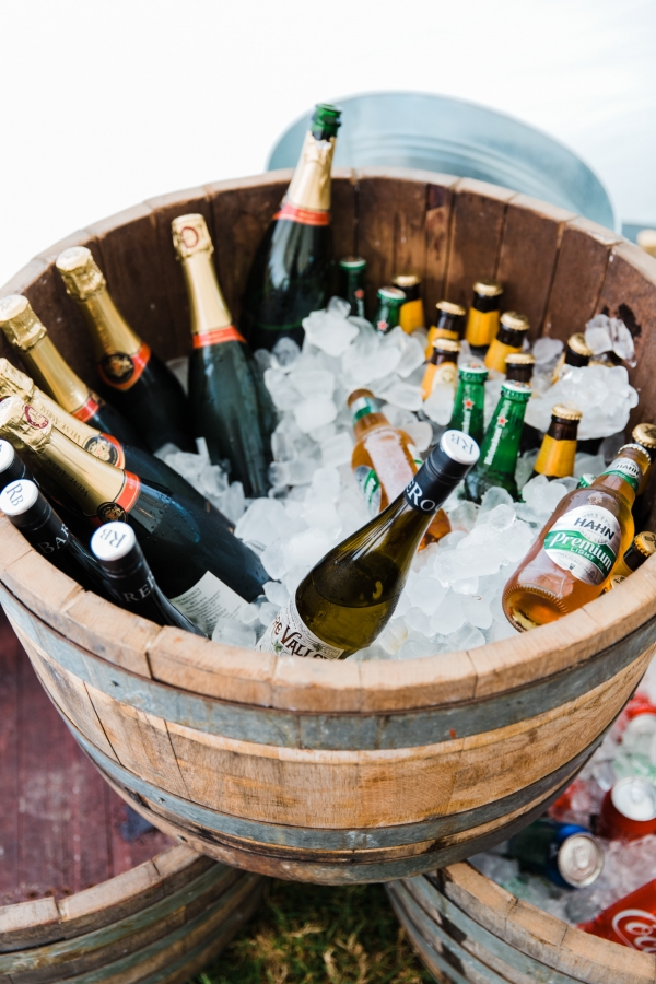 Serving italian wine at your wedding