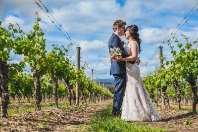 106070 simple lunchtime stones of the yarra valley wedding by twentyone photos