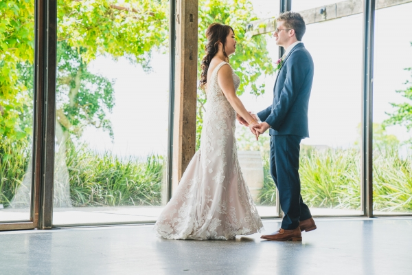 106146 simple lunchtime stones of the yarra valley wedding by twentyone photos