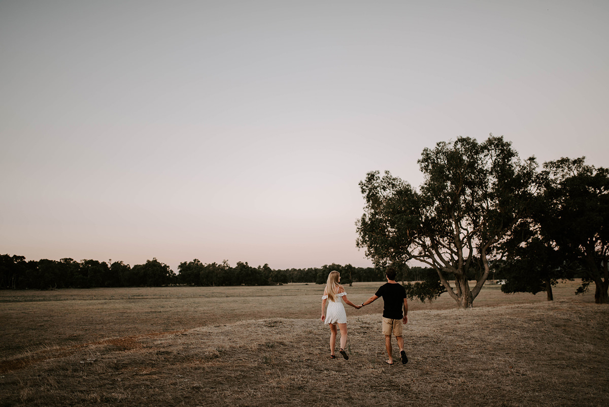 108884 sunset country engagement photos by alannah liddell