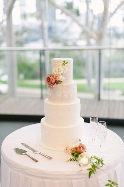 120338 classic romantic perth wedding by angela higgins