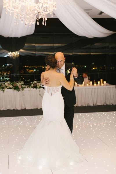 120386 classic romantic perth wedding by angela higgins