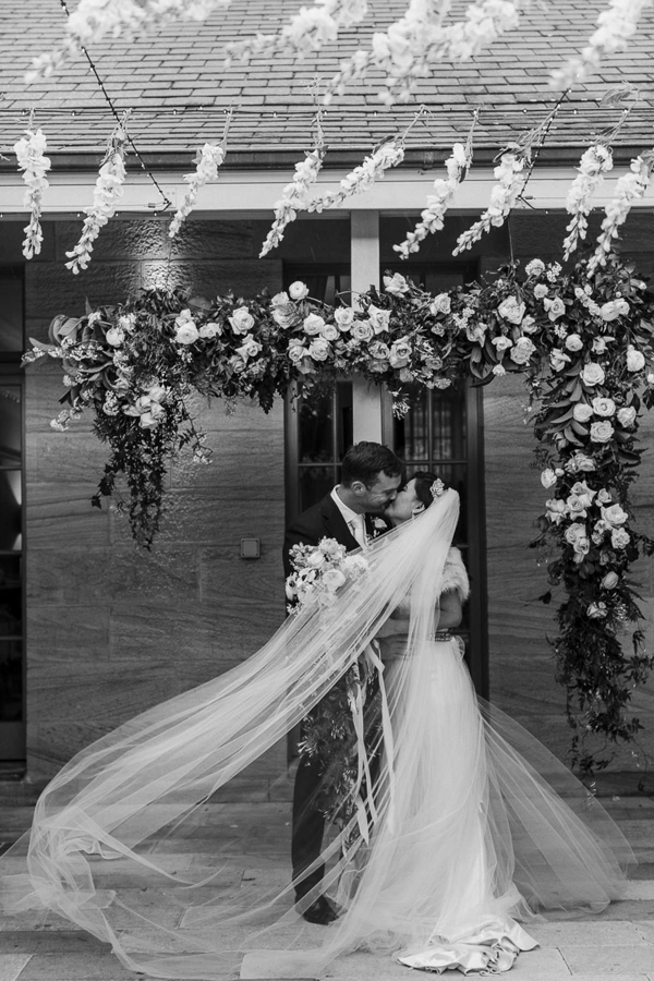 122411 sue ians luxe romantic sydney wedding by the beautiful collective