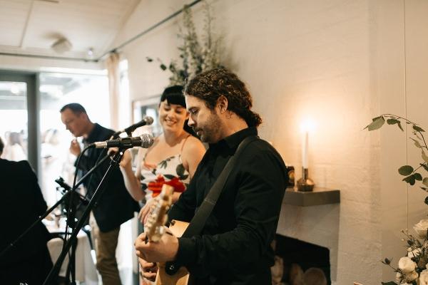 122686 mornington peninsula wedding at polperro winery by sarah godenzi photography