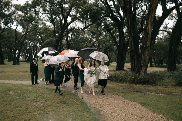 122770 mornington peninsula wedding at polperro winery by sarah godenzi photography