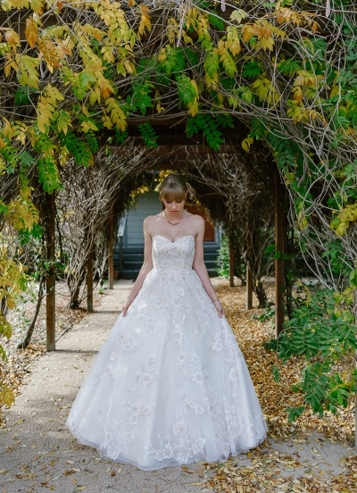 123790 whimsical florals fashion wedding editorial by lx creations