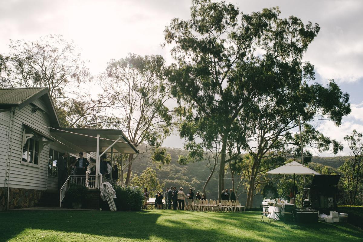 124116 low key sydney wedding at kuring gai motor yacht club by kevin lue