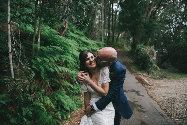 124136 low key sydney wedding at kuring gai motor yacht club by kevin lue