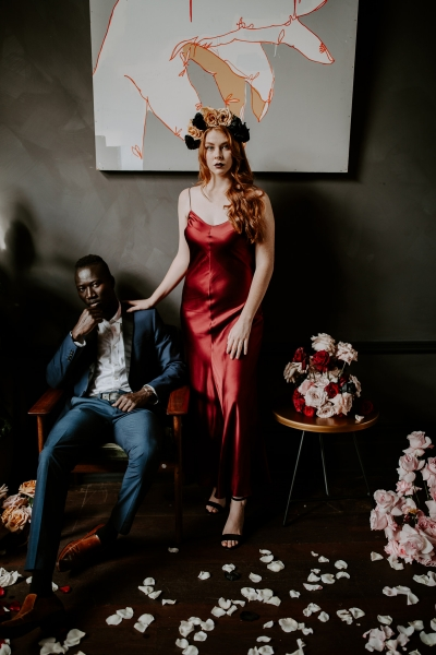 124740 moody avante garde winter wedding inspiration by samantha simone photography