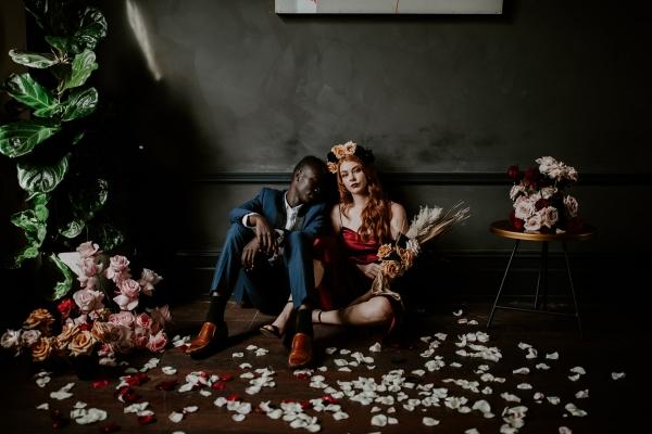 124751 moody avante garde winter wedding inspiration by samantha simone photography