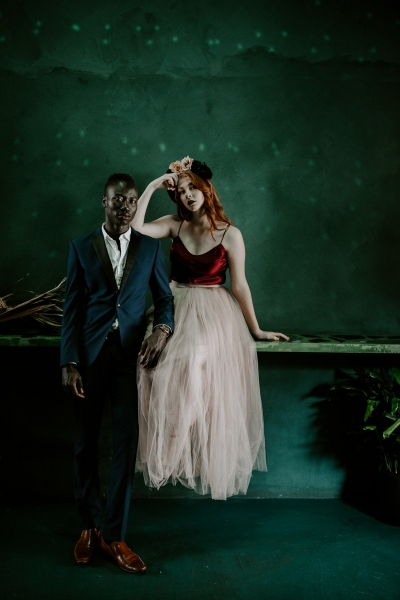 124777 moody avante garde winter wedding inspiration by samantha simone photography