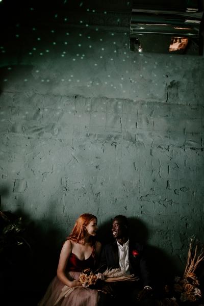 124805 moody avante garde winter wedding inspiration by samantha simone photography
