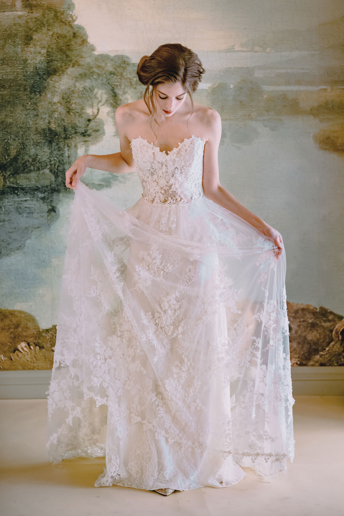 Claire Pettibone S Timeless Bride Wedding Gown Collection