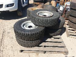 View Auto part Wheel Standard/Steel Nissan Patrol 2014