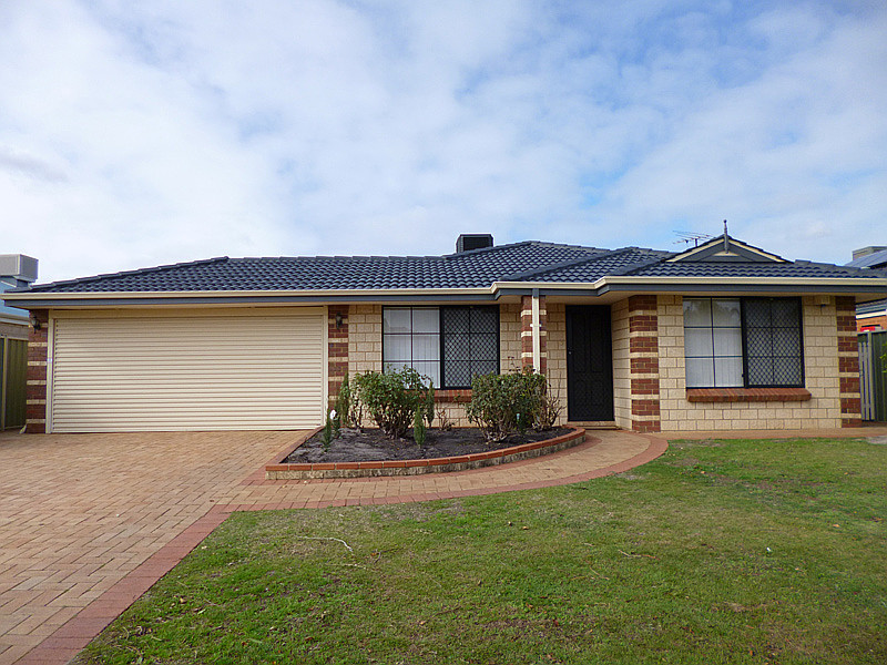 Large family home in sought after area