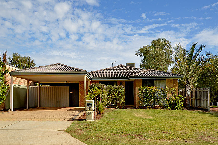 Big family home in extra quiet location!