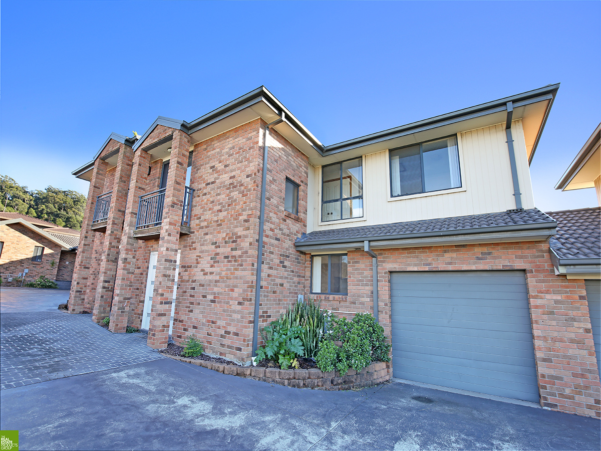 Generous size Townhouse on the outskirts of the CBD