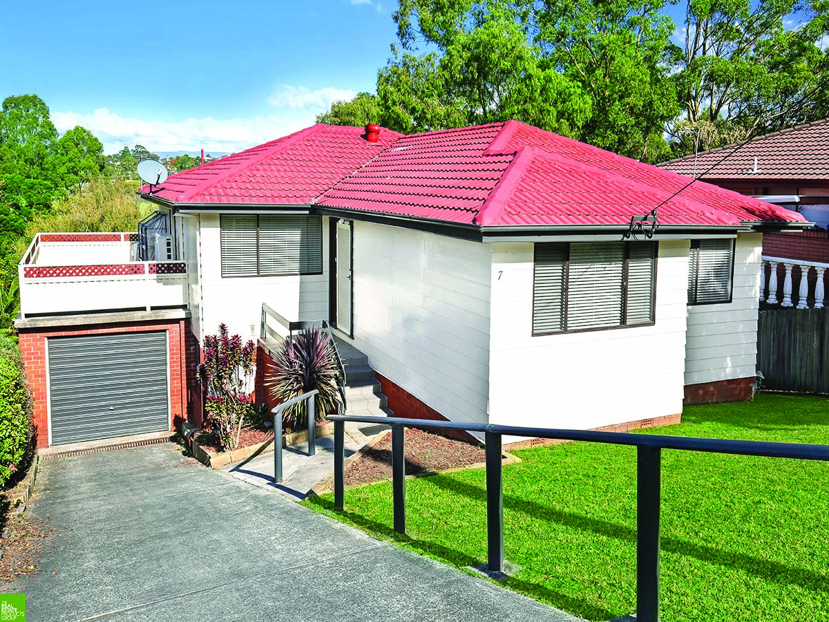 Freshly Renovated & Updated - Family Home