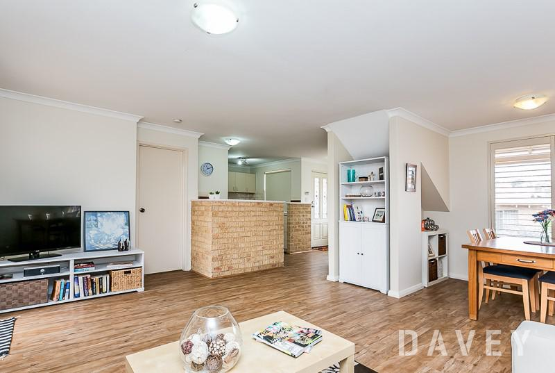 3-bedroom townhouse in ideal location