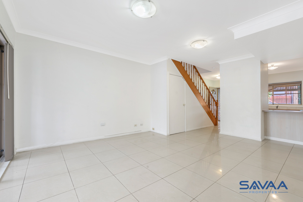 11/19 Torrance Crescent, Quakers Hill NSW