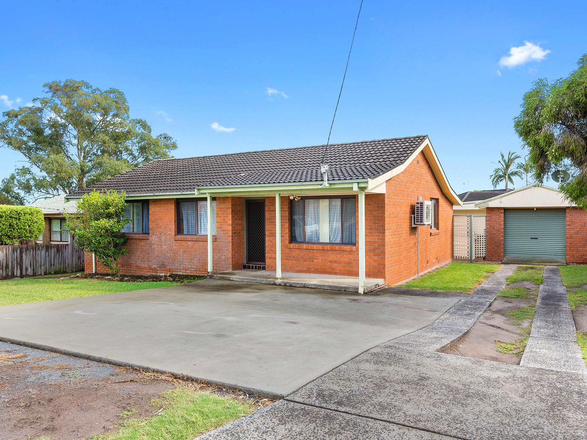 4 Esther Close, GOROKAN, NSW, 2263 - Image