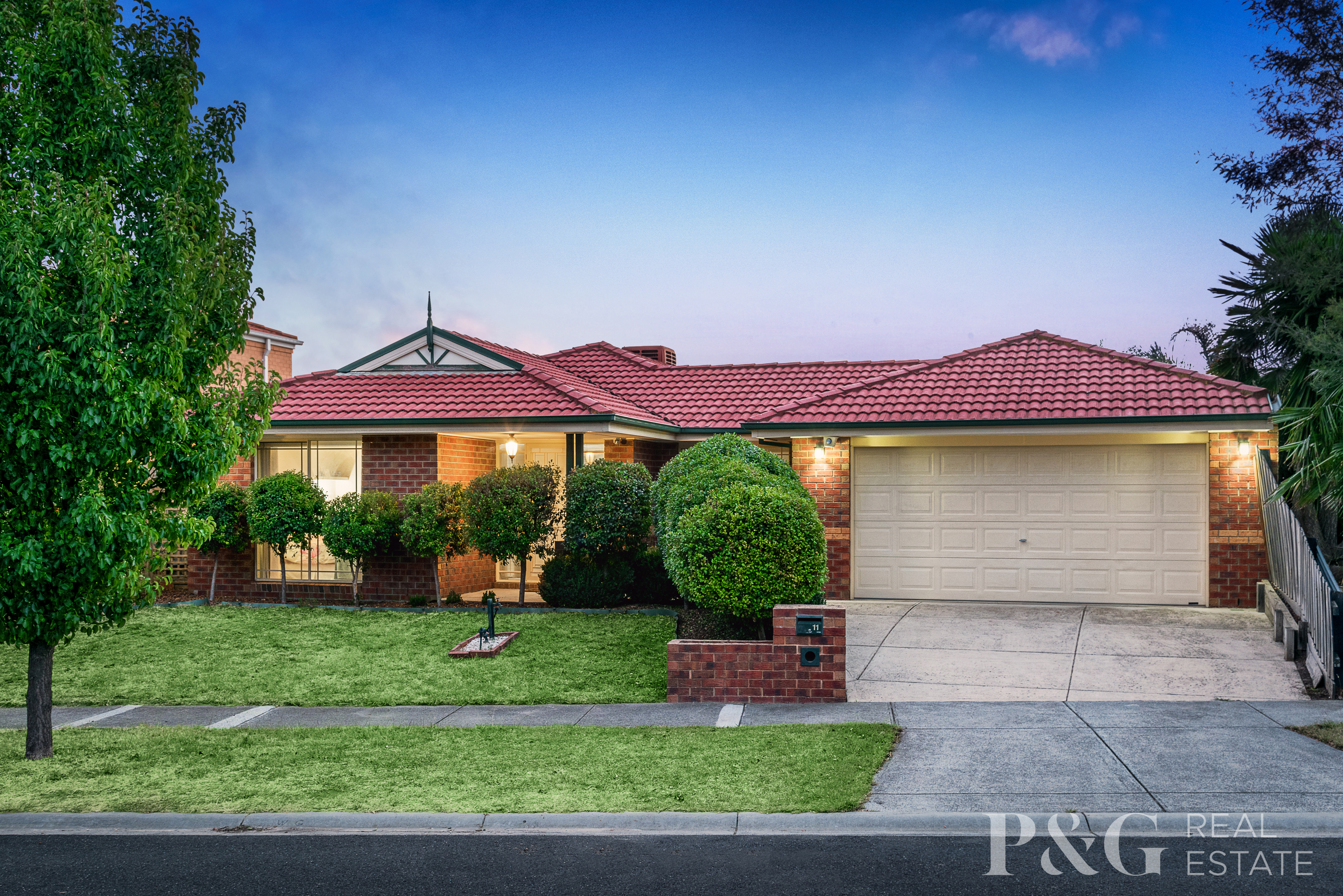 11 Taggerty Crescent, NARRE WARREN SOUTH, VIC, 3805 - Image