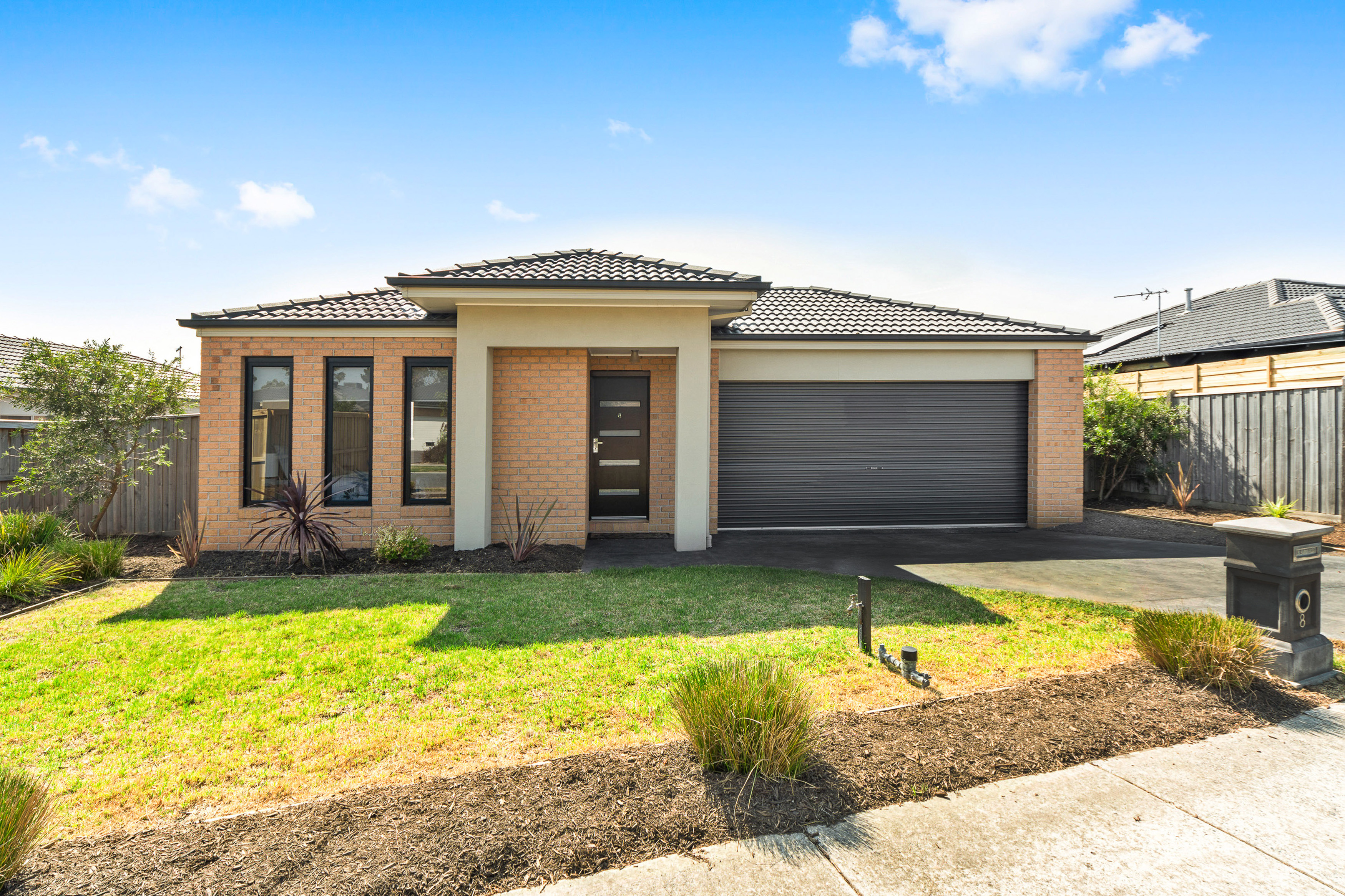 8 Millicent Road, LANGWARRIN, VIC, 3910 - Image
