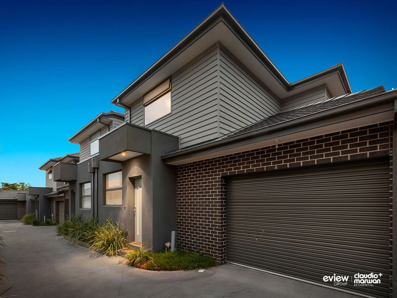 2/7 Rhodes Parade, PASCOE VALE, VIC, 3044 - Image