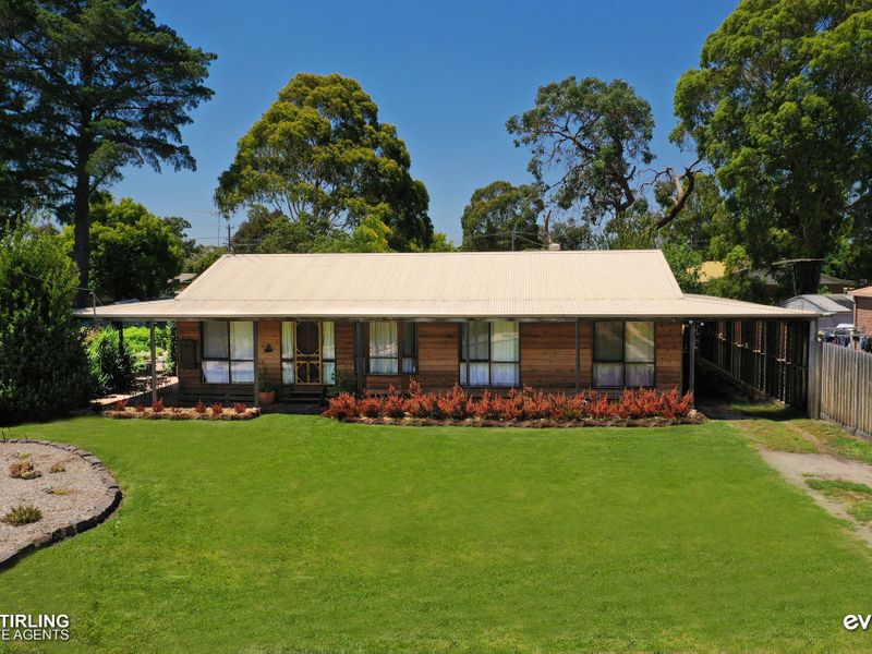 8 Queens Road, PEARCEDALE, VIC, 3912 - Image