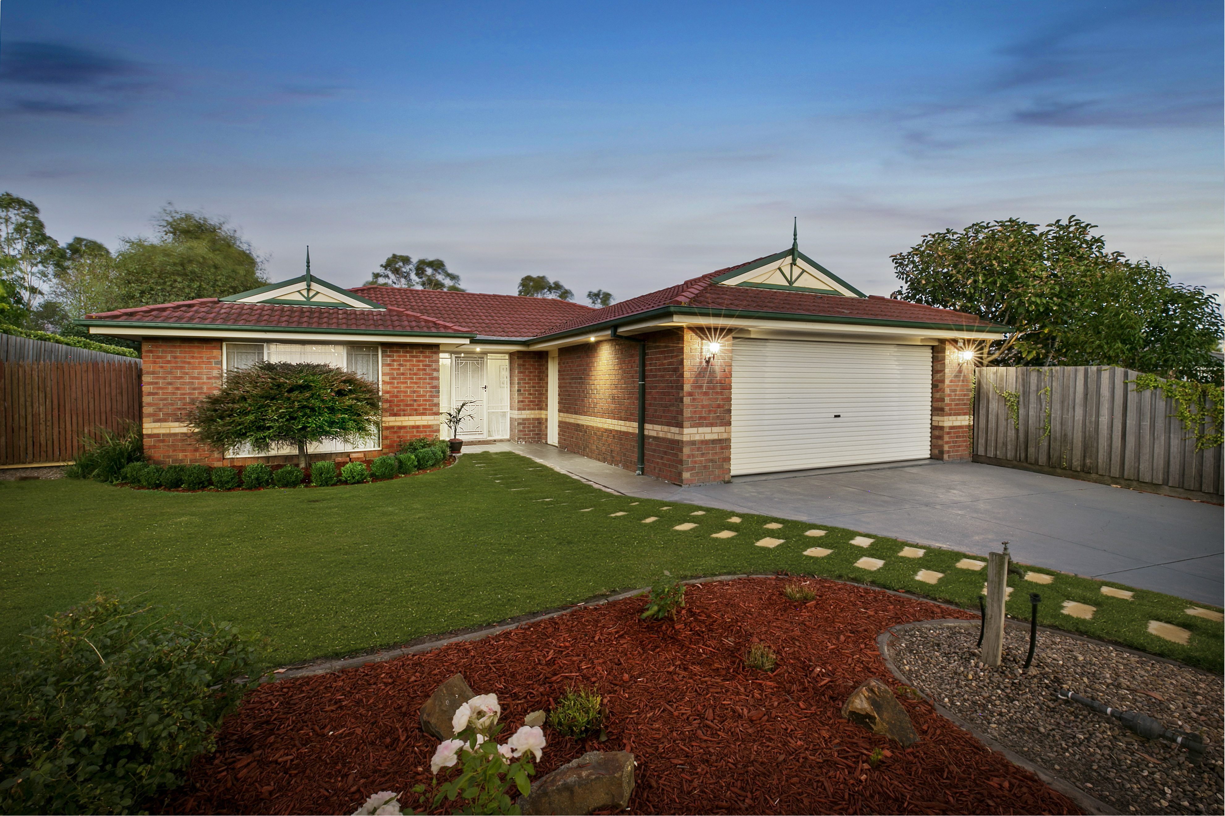 72 Earlsfield Drive, BERWICK, VIC, 3806 - Image