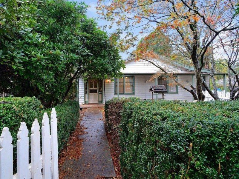 8 Kings Road, EMERALD, VIC, 3782 - Image