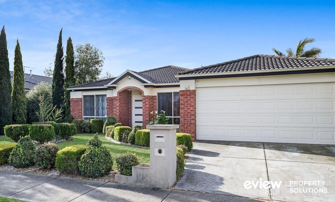 98 Golf Links Road, BERWICK, VIC, 3806 - Image