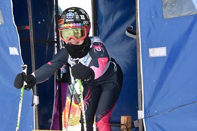 Alpine Ski GS Div 4 Girls Gate Photos