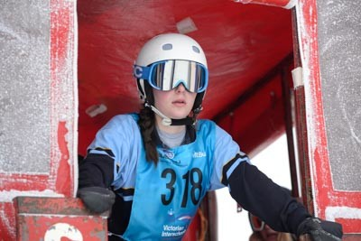Division 1 Girls Snowboard GS Gate Shots