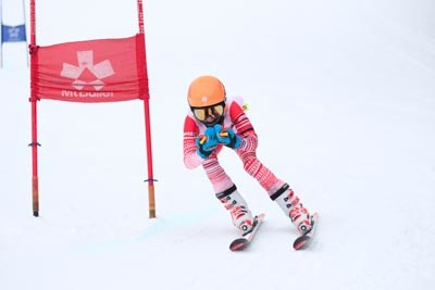 Division 4 Girls Alpine GS Action Shots (BIB 519-482)