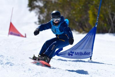 Division 2 Girls Snowboard GS Action