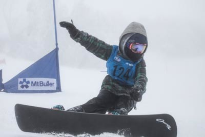Division 4 Boys Snowboard GS Action