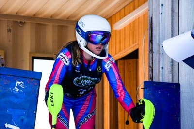 U14, U16 & Junior Alpine Slalom – Gate Shots