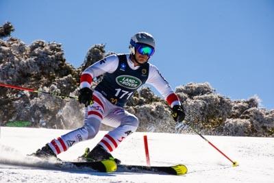 U10, U12 & Masters Alpine Slalom – Race Shots