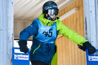 Division 2 Boys Snowboard GS – Gate Shots