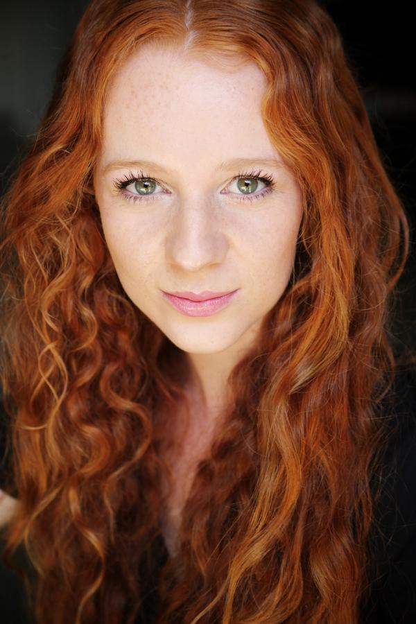 Grace Coulter - Deryn