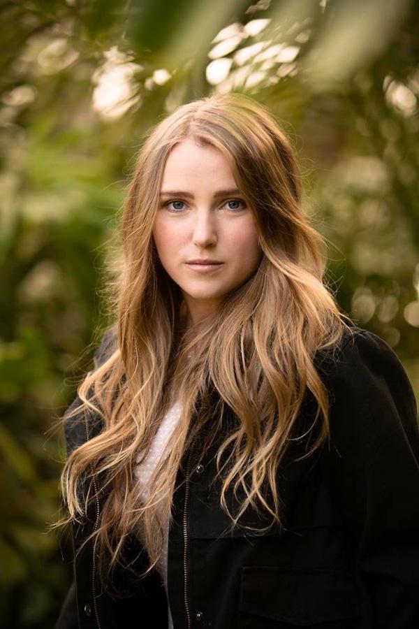 Meg Williams - Jayne