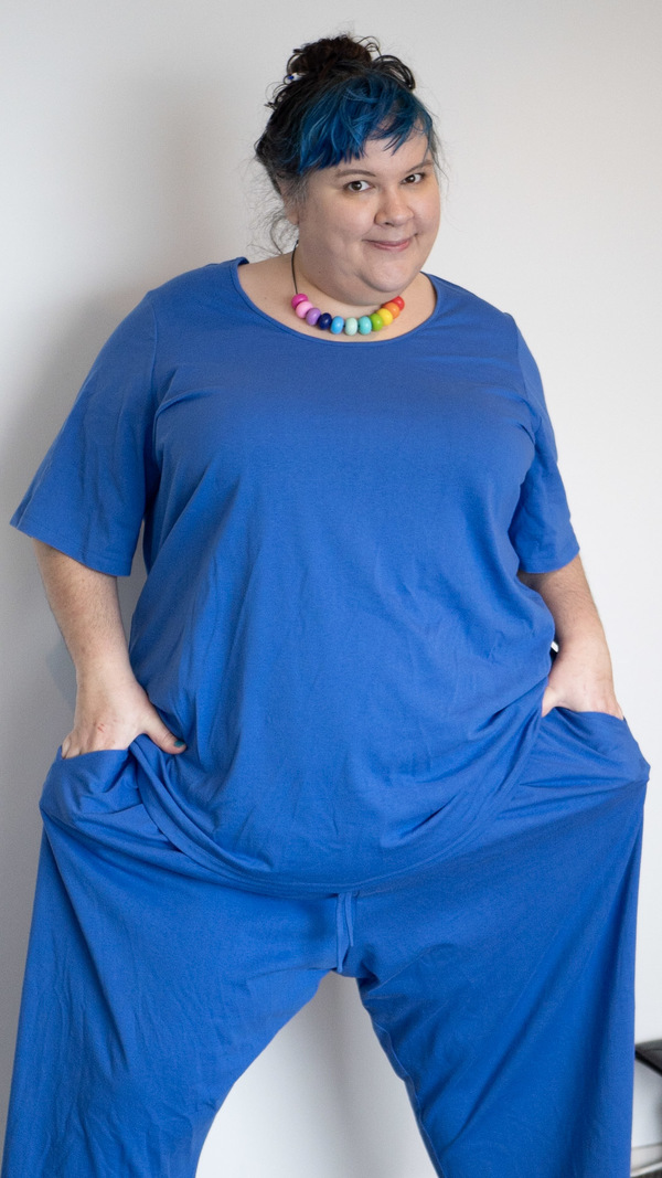 a fat babe wearing blue pajamas