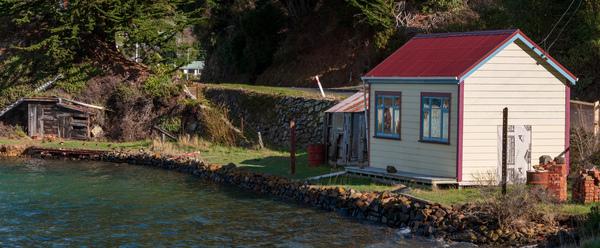 Lewis Cottage, Deborah Bay